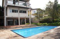 Casa residencial à venda, Pacaembu, São Paulo - CA0467.