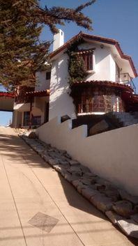 Arriendo Excelente casa sólida en Bosques de Montemar