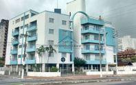 Apartamento de 2 dormitórios no Solemar em Praia Grande