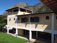 Maricá– Itaipuaçú. Linda casa em estilo colonial  dentro condomínio fechado