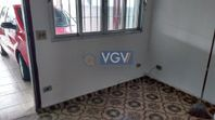 Casa com 3 quartos e Aceita negociacao na R TIMBORÉ, São Paulo, Jardim Oriental, por R$ 2.100
