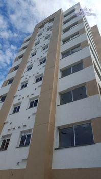 Apartamento com 2 quartos e Area servico, Porto Alegre, Santana, por R$ 410.000