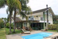 Casa com 4 quartos e Quintal, Florianópolis, Cacupé, por R$ 2.400.000