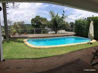 Casa com 4 quartos e 3 Vagas na Estrada Fazendinha, São Paulo, Cotia, por R$ 1.500.000