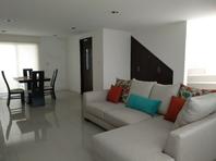 Casa  en Renta o Venta: en Explanada Puebla (M)