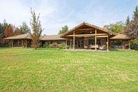 Liray, Casa Chilena en campestre condominio, cercana a Colegio Trewhela's