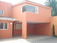 Casa en Renta en Condominio Altavista