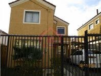 Venta de Amplia Casa en Los Torreones-Peñablanca