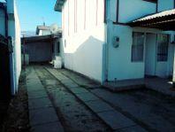 Linda casa en avenida
