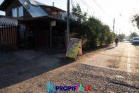 Casa con pequeño local comercial en Carlos Trupp, Talca