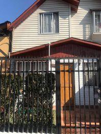 Maipú, Vendo casa de esquina 120 mts2 construidos