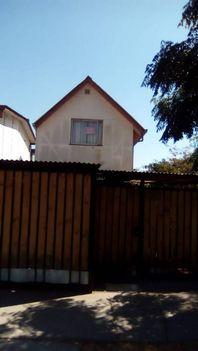 Vendo casa de dos pisos de 133 Mts2 de terreno