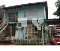 Casa com 6 quartos e Lareira, Porto Alegre, Partenon, por R$ 490.000