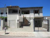 Casa com 5 quartos e 2 Vagas, Cachoeirinha, Parque da Matriz, por R$ 320.000