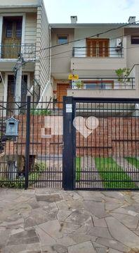 Casa com 3 quartos e Lareira, Porto Alegre, Ipanema, por R$ 580.000