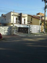 Sobrado Residencial à venda, Vila Petrópolis, Atibaia - SO1296.