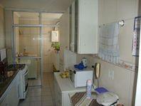 Sobrado residencial à venda, Interlagos, São Paulo - SO0650.