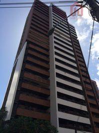 Apartamento residencial à venda, Meireles, Fortaleza - AP0026.