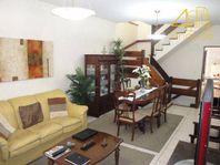 Perdizes - Casa 216m² 04 Suítes 03 Vagas Ar Condicionado na Rua Cardoso de Almeida para Venda.
