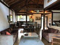 Sobrado com 3 dormitórios à venda, 200 m² por R$ 980.000 - Chácara dos Lagos - Carapicuíba/SP