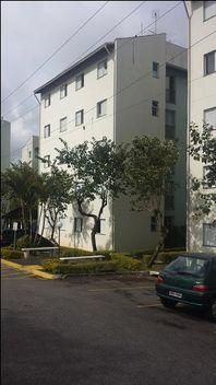 Apartamento com 2 dormitórios à venda, 47 m² por R$ 159.000 - Jardim da Glória - Cotia/SP