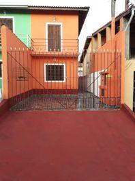 Casa com 2 dormitórios à venda, 109 m² por R$ 300.000 - Jardim Estela Mari - Cotia/SP