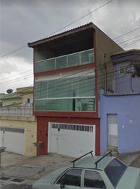 Sobrado com 3 dormitórios para alugar, 158 m² por R$ 2.000/mês - Jardim Las Vegas - Santo André/SP