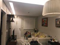 Sobrado residencial à venda, Jardim Santa Maria, Jacareí.