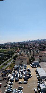 Apartamento com 3 dormitórios à venda, 80 m² por R$ 490.000