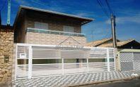 Casa em Condomínio próxima da praia no Maracanã em Praia Grande