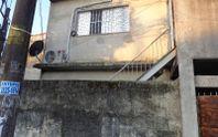 Casa assobradada na Vila Brasil