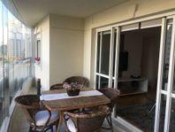 Apartamento à venda com 104m² em Moema