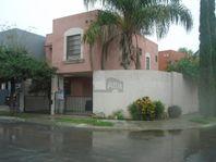 Casa en condominio en renta en Paraje Anáhuac, General Escobedo, Nuevo León