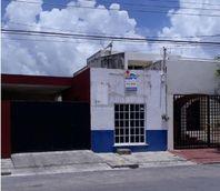 Local en renta ideal para oficina, 24 m2, baño, sobre avenida secundaria, cerca Plaza las Américas