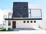 Casa en condominio en venta en Coaxustenco, Metepec, México