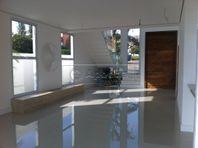 Casa com 4 quartos e Playground, São Paulo, Santana de Parnaíba, por R$ 1.950.000
