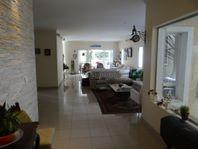 Casa com 5 quartos e Piscina, São Paulo, Barueri, por R$ 1.350.000