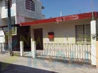 vende casa 3 recamaras zona centro tuxpan veracruz, Tuxpan de Rodriguez Cano Centro
