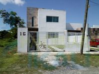 Renta Casa con Alberca 3 Recamaras Col. Campestre alborada Tuxpan Veracruz, Campestre Alborada