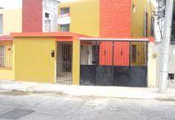 Casa de 3 habitaciones en Brisas, cerca de avenida.