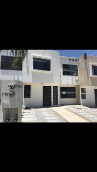 Casa en Renta en Portón Cañada