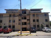 Frente a Plaza Terranova Departamento Amueblado Providencia