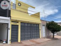 Casa en venta Colonia Acereros con amplia terraza