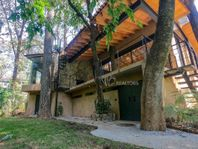 Se Renta Acogedora y Práctica Casa En Pleno Bosque