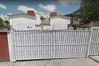 CASA  145 M2, 3 RECAMARAS, 1 1/2 BAÑOS, GARAJE, PATIO.