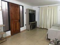 Casa en Venta 3D + 1B + E/ Avenida Pajaritos, Maipú