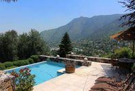 Increible casa Mediterránea en Camino del Condor