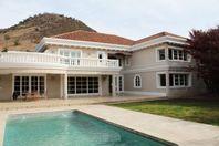 Gran casa en arriendo en sector Camino Real en La Dehesa