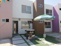 Casa en Fraccionamiento Violetas