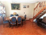 Casa en Venta 2D + 1 B / Villa Parque el Golf, Maipú